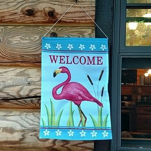 Pink Flamingo Welcome sign!  Fun and attractive!